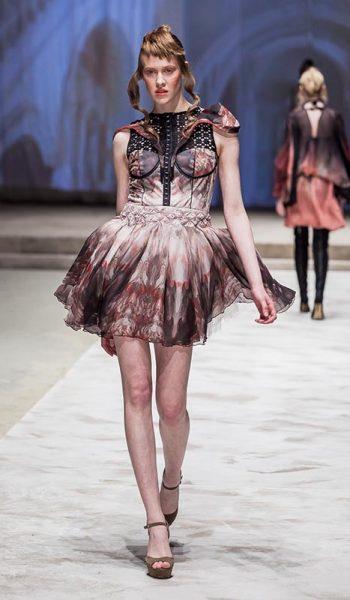 Korzetirana-haljina